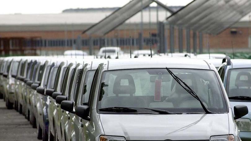Mercato auto, febbraio boom: vendite +27,3%