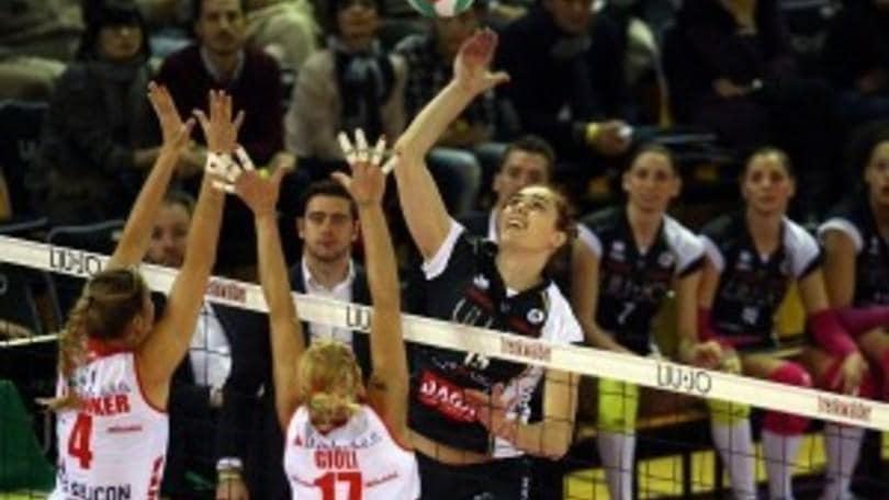 Volley: A1 Femminile, Modena rescinde con Starovic