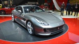 Ferrari GTC4 Lusso: foto