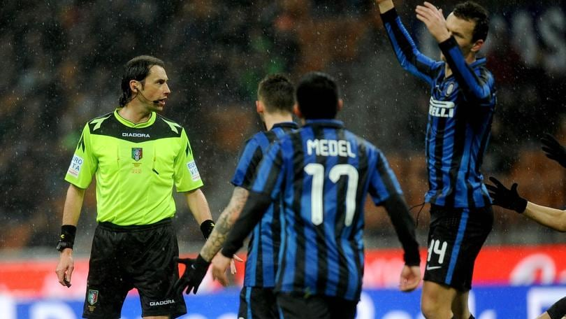 Inter-Juventus, la moviola: Medel-Hernanes era fallo. Rigore: Perisic in off side
