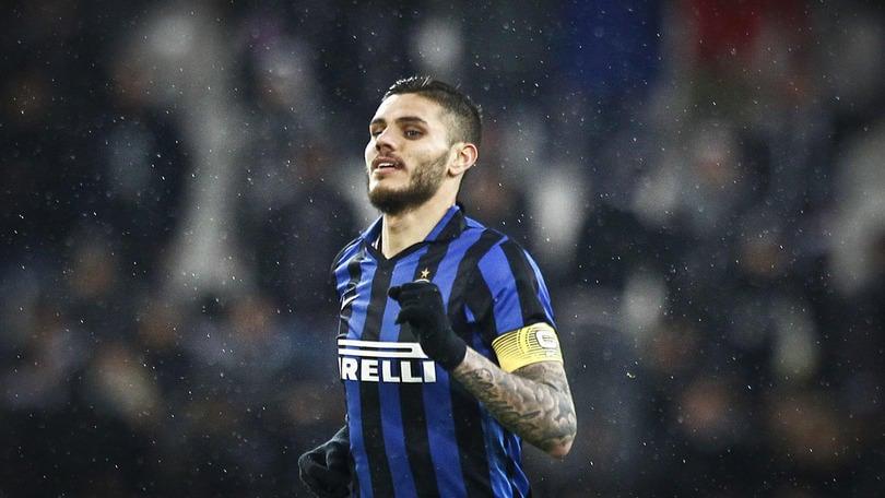 Calciomercato, attenta Inter: Mourinho e Conte vogliono Icardi