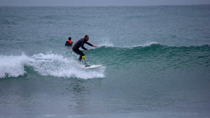 Passetti, unico italiano dell'adaptive surf: «Il mare è la mia vita, l'handicap non mi ferma»