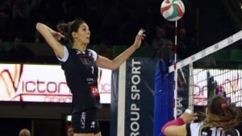 Volley: A1 Femminile, rottura del crociato per Floriana Bertone