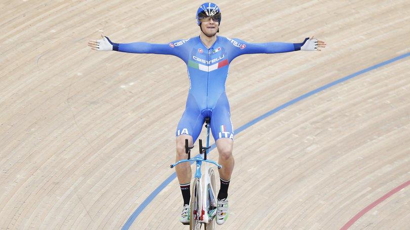 Ciclismo, mondiali su pista: a Ganna finale e record italiano