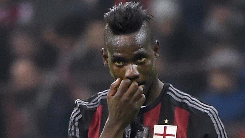 Calciomercato «Milan, Balotelli inesistente. Berlusconi arrabbiatissimo»