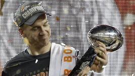 NFL, Peyton Manning annuncia il ritiro tra le lacrime: «È ora di lasciare»