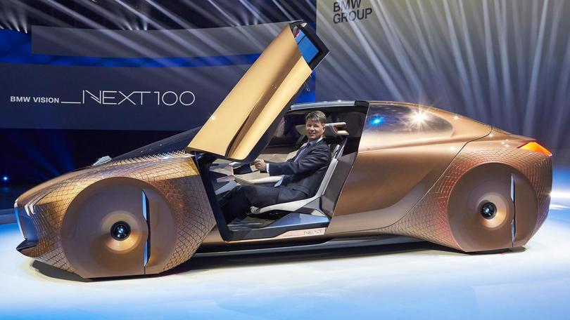 BMW, 100 anni dall'elica all'astronave