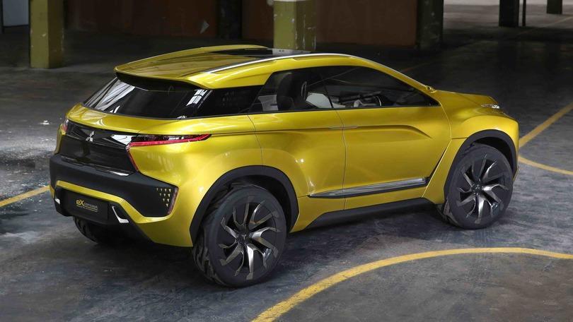 Mitsubishi eX Concept: SUV elettrico, 400 km di autonomia