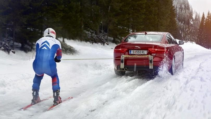 Verso il record di Speed Ski trainato da una Jaguar da 340 cv