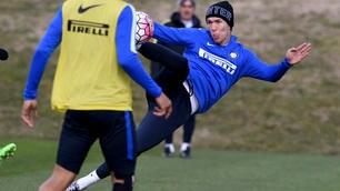 Serie A Inter, Perisic che acrobazie in allenamento