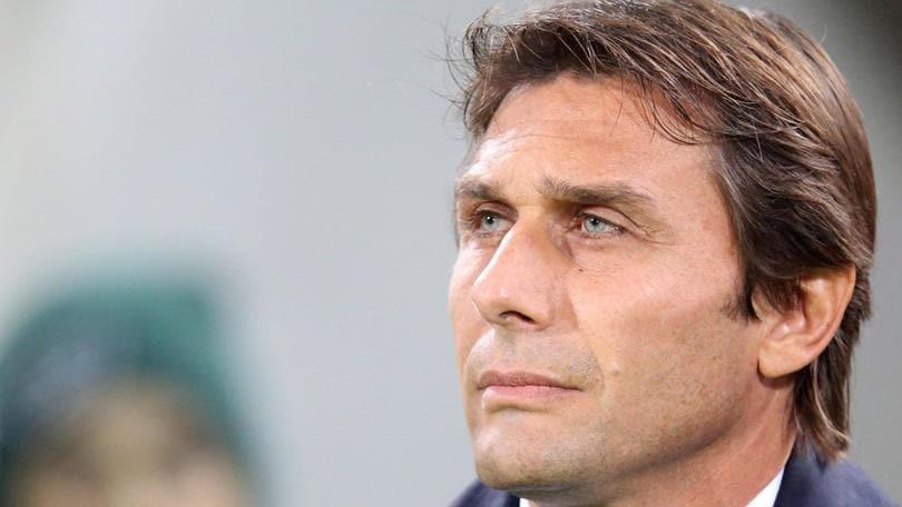 Calciomercato, Conte lascia la Nazionale e va al Chelsea: oggi l'annuncio ufficiale