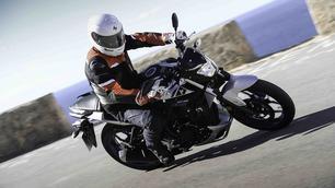 Yamaha MT-03: su strada
