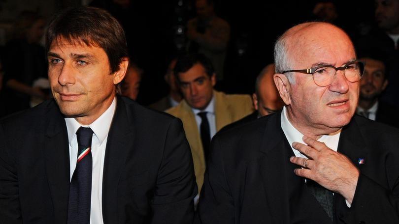 Italia, Tavecchio annuncia: «Conte lascia». Il ct: «Ho bisogno di tornare sul campo»