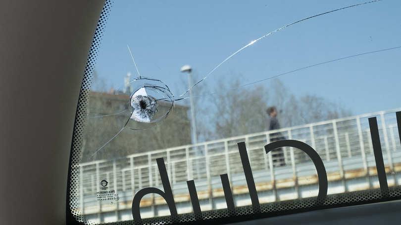 Serie A, lancio oggetti contro pullman Juventus: rotto un finestrino