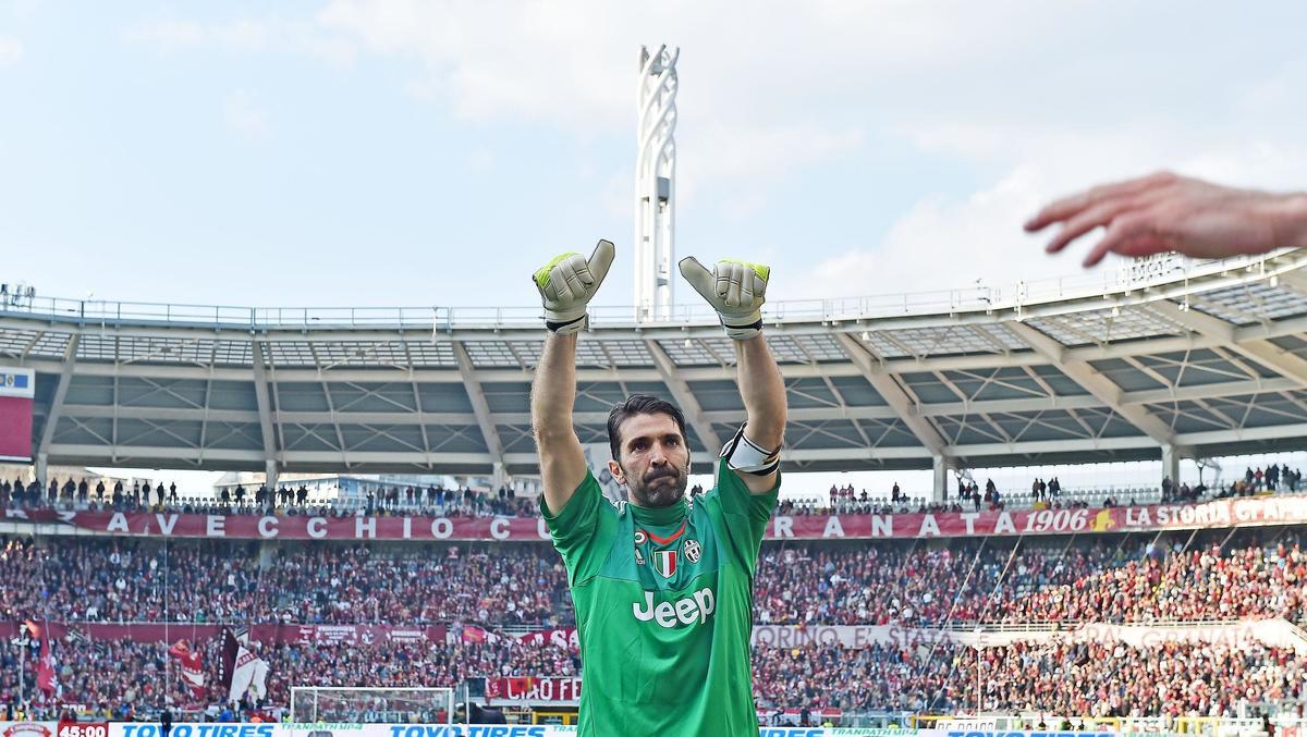 Juventus, Buffon imbattibile: il record è suo, supera Rossi