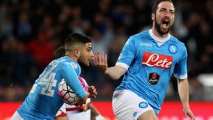 Napoli-Genoa 3-1: doppietta Higuain, il Pipita fa impazzire il San Paolo