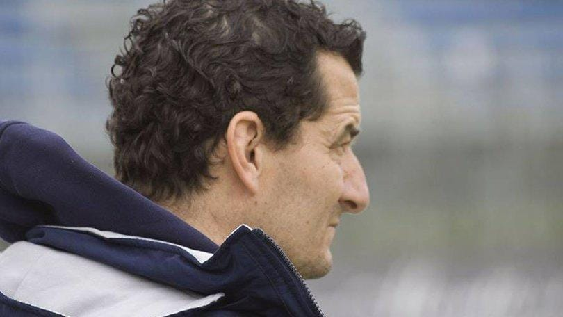 Lega Pro Prato, esonerato il tecnico De Petrillo
