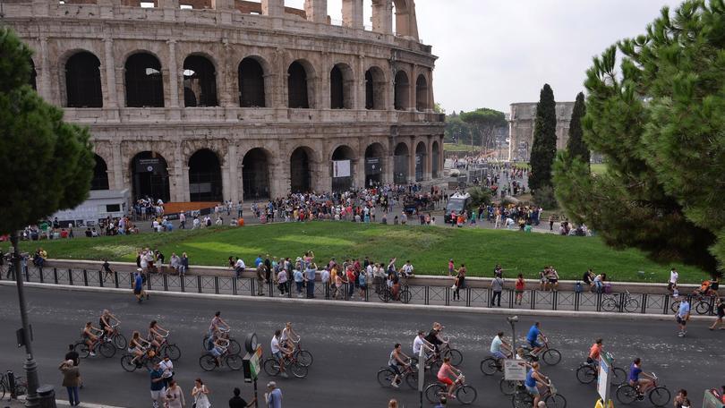 Pasqua: 9,7 milioni di italiani in viaggio