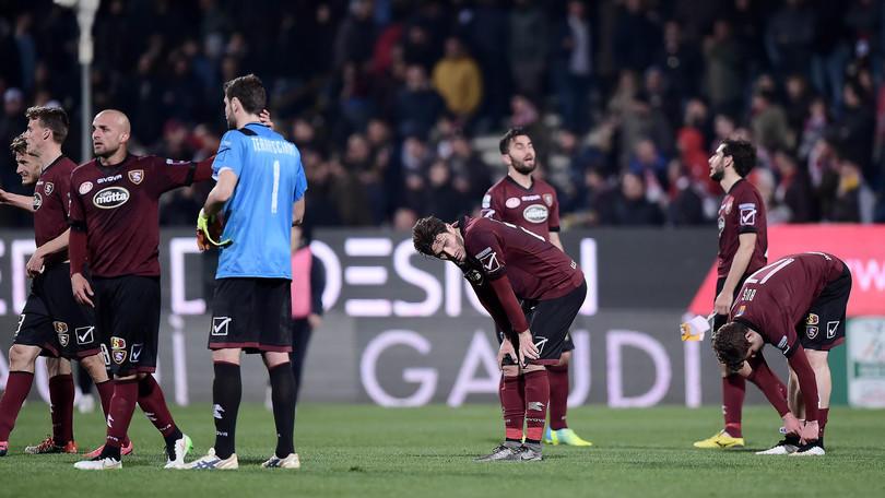Serie B, Salernitana-Bari: Lotito contestato