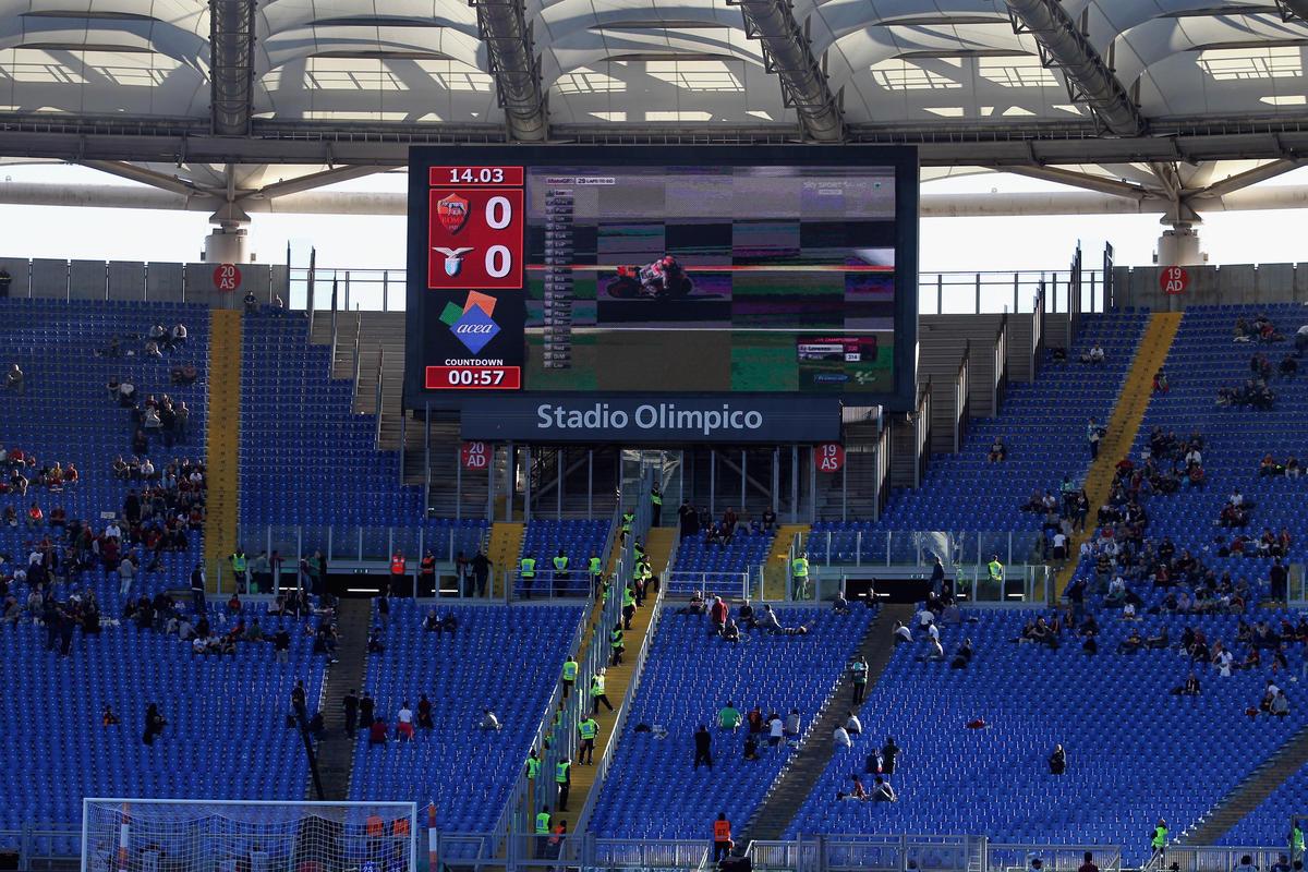 Lazio-Roma, il derby che non c'è: Olimpico deserto, continua la protesta della Nord e della Sud