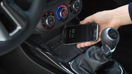 Opel Adam, debutta la ricarica wireless per smartphone