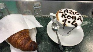 Derby, la Roma gode: sfottò, esultanze e gioia sui social. Florenzi: «1,2,3...4»