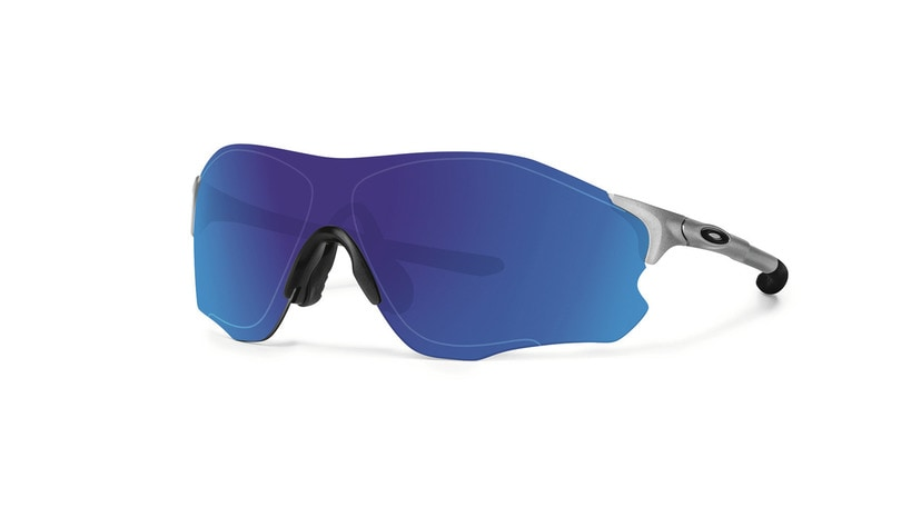 oakley occhiali da sole opinioni