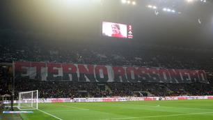 Milan-Juventus, il Meazza ricorda Cesare Maldini