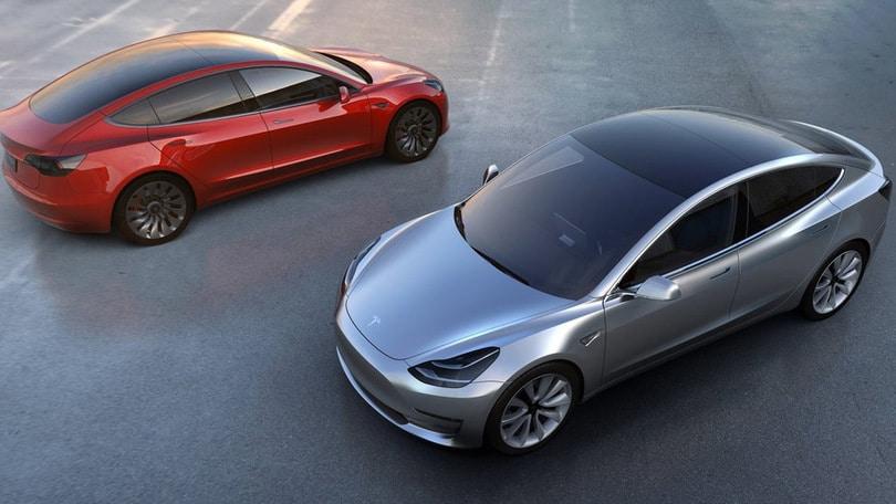 Incredibile Tesla Model3: 325.000 prenotazioni al… buio
