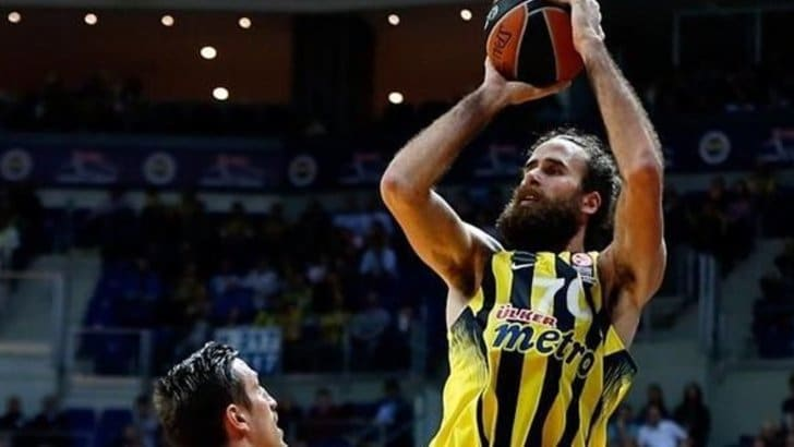 Basket Eurolega, Datome debutta nei playoff