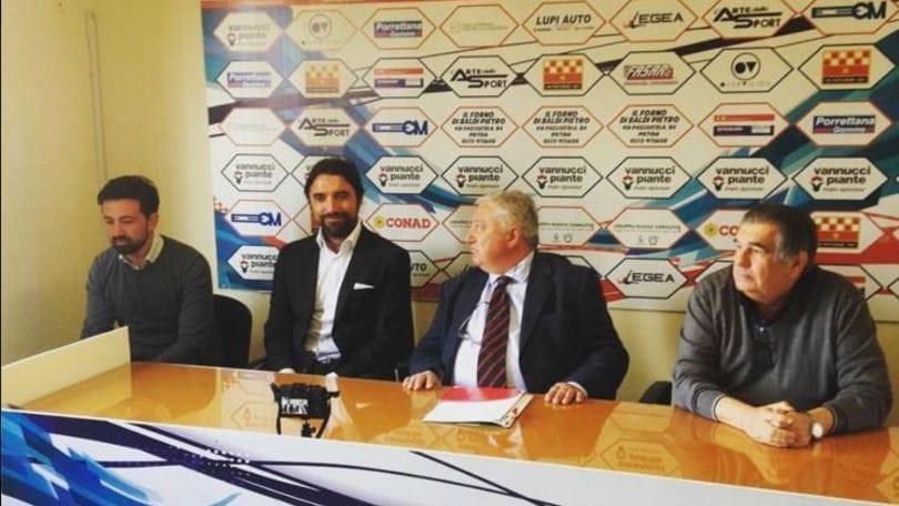 Lega Pro Pistoiese, via Alvini. Panchina a Bertotto