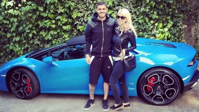 una lambo spyder da 200 mila euro per icardi e wanda corriere dello sport. Black Bedroom Furniture Sets. Home Design Ideas