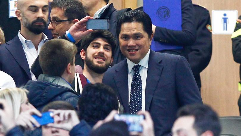 Thohir: «Non cedo l'Inter, credo alla Champions»