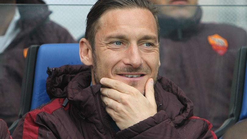 Roma-Torino: Totti e Dzeko in panchina
