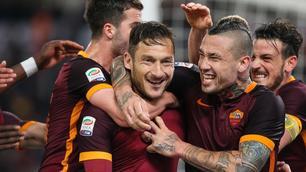 Roma-Torino 3-2: Totti show salva la Roma