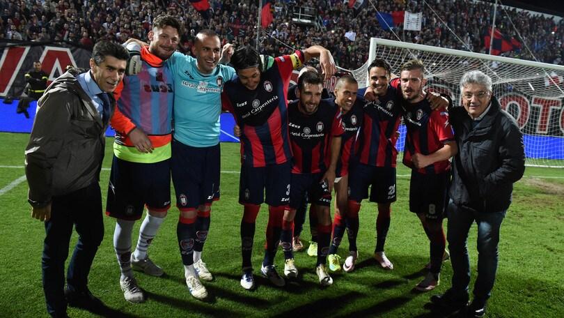 Serie B, Crotone-Como: il 99% gioca i rossoblu