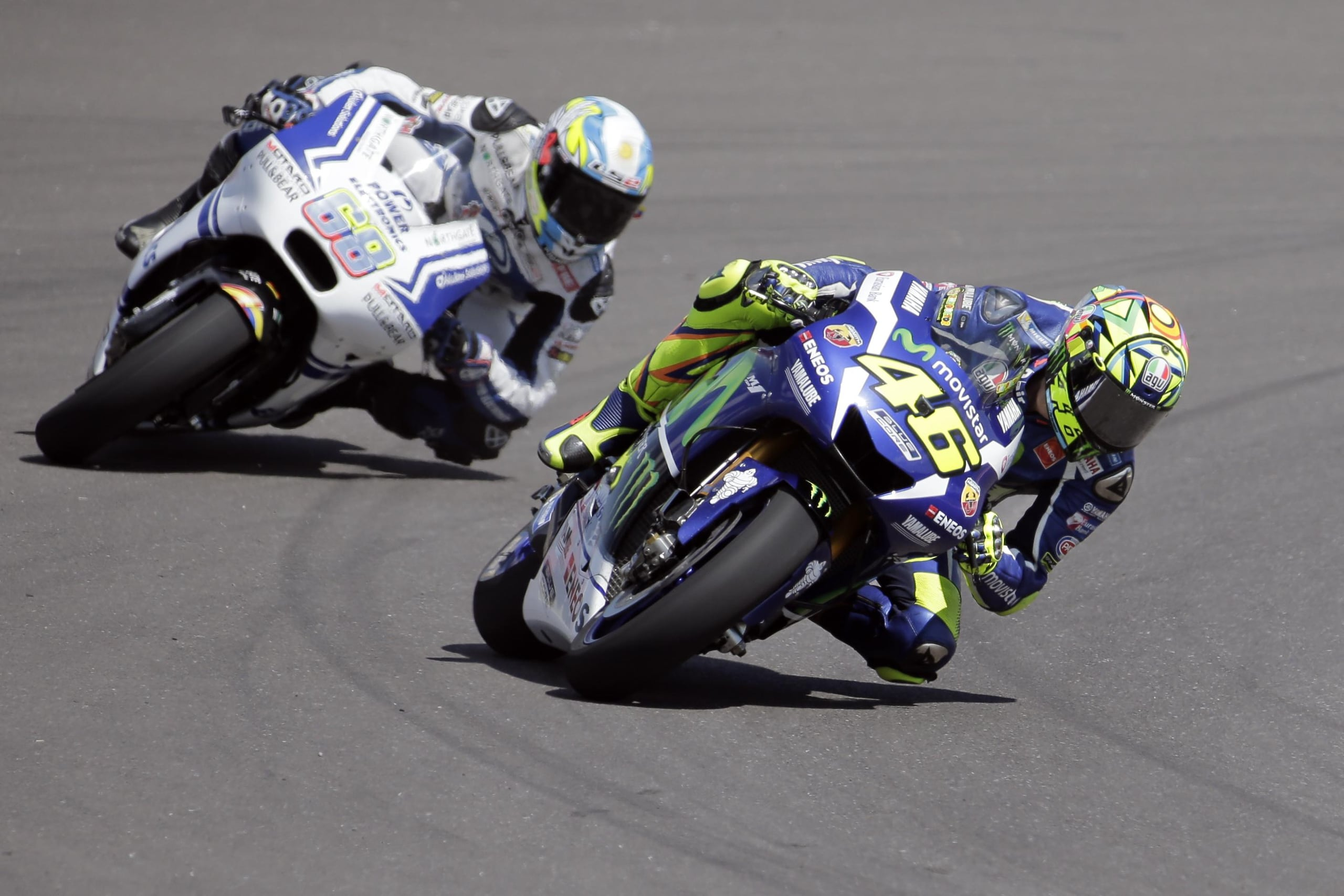 MotoGp Silverstone, Hernandez vola nel Warm Up