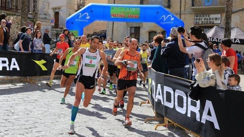 Don Puccio: il sacerdote runner conquista il 3°posto a Cefalù