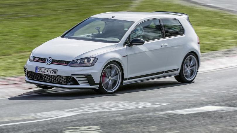 Volkswagen Golf GTI Clubsport S, nuovo record al Nurburgring
