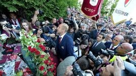 In migliaia a Superga per ricordare il Grande Torino