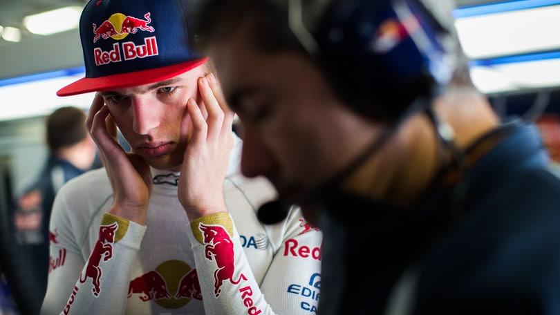 Red Bull, ufficiale: Verstappen sostituisce Kvyat!