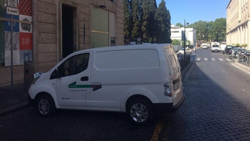 Nissan, parte il Van sharing elettrico a Roma