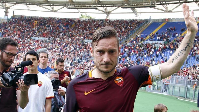 Roma-Chievo, il Totti-day: le lacrime del capitano, «600 volte grazie»