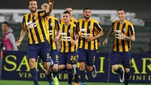 Verona-Juventus 2-1: Toni saluta la serie A con un gol