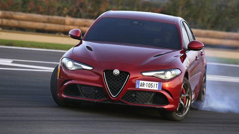 Alfa Romeo Giulia Quadrifoglio, divora la pista