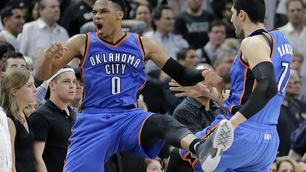 Westbrook sbanca San Antonio, match-point Thunder