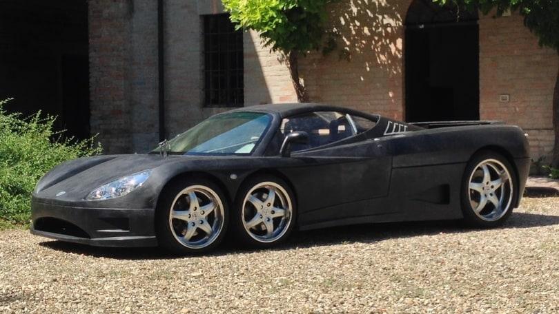 Covini C6W, la supercar italiana a 6 ruote