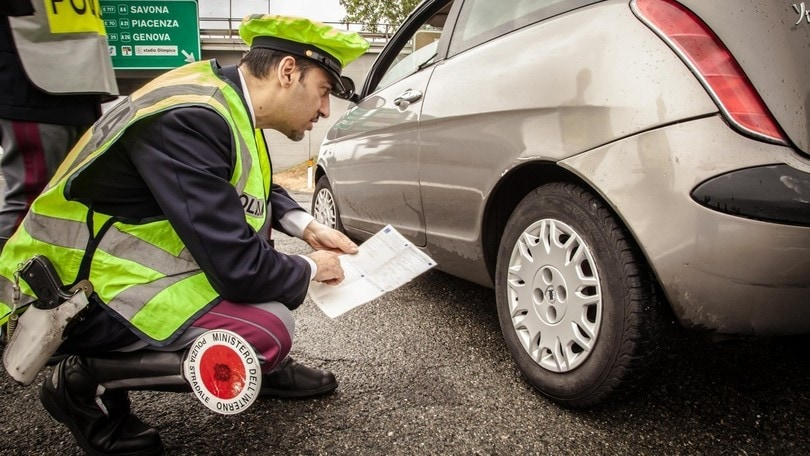 In Italia un'auto su cinque ha le gomme fuorilegge