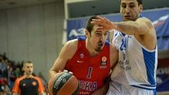 Basket Eurolega, De Colo decide il derby, CSKA in finale
