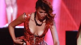 Nina Zilli, scollatura osé. Rischia l'incidente sexy